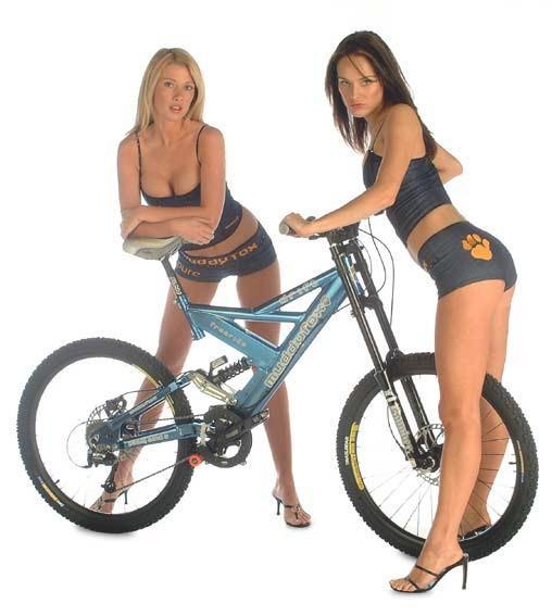 Rockin'_Bike_Gals