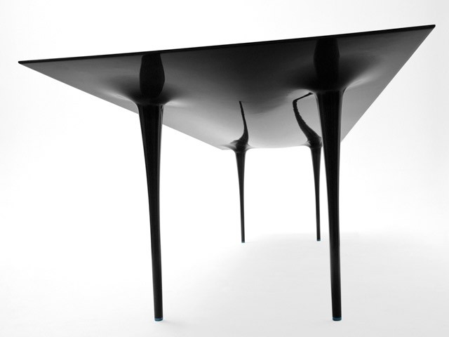 1-carbon-fiber-stealth-table