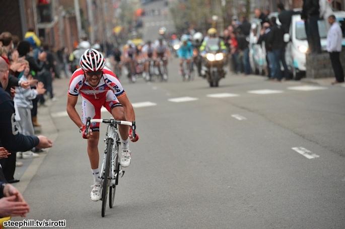 1 km to go: Rockin' Joaquin Rodriguez puts in a bid for Glory