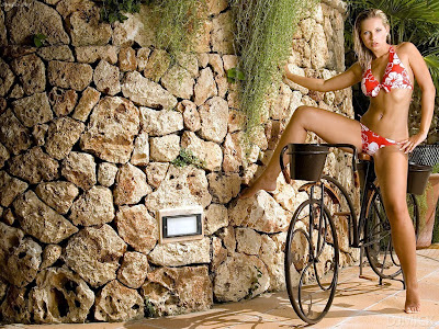 sexy-cycling-babes-89