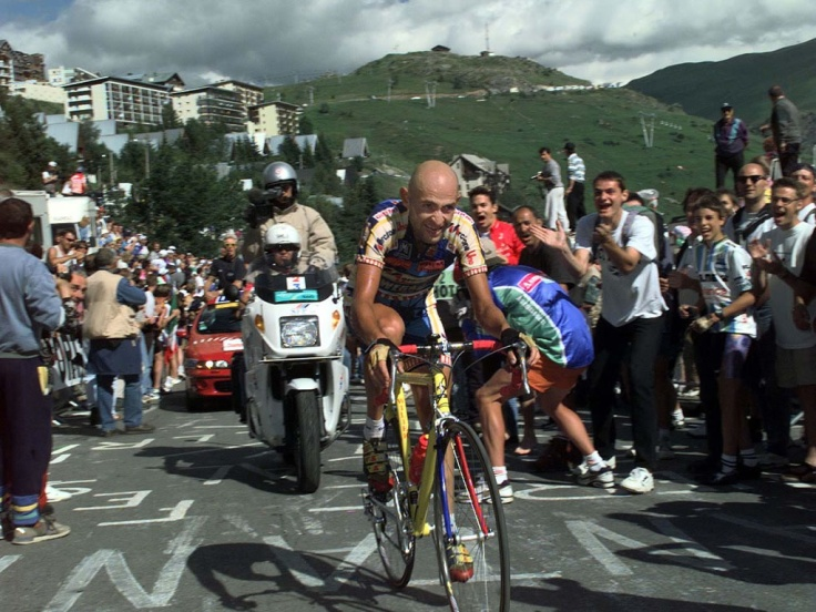 Marco Pantani on Alpe d'Huez, Tour de France 1997.