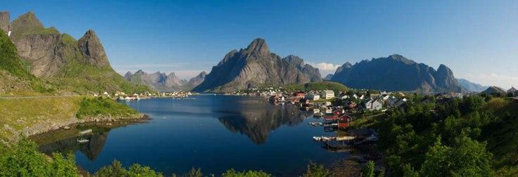 8228-Reine-Nordland_topp