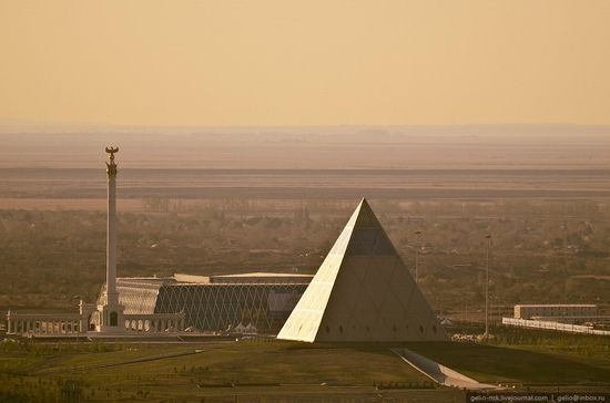astana-kazakhstan-architecture-view-10-small