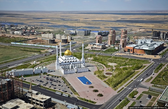 astana-kazakhstan-architecture-view-15-small