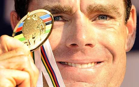 Cadel_Evans-medal_1490281c