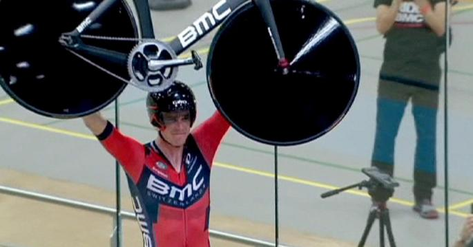1200x630_298652_rohan-dennis-sets-new-hour-record