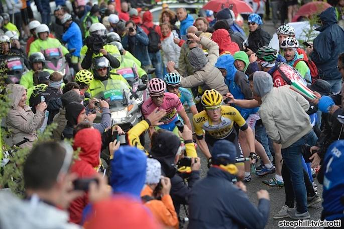 2015, Giro d'Italia, tappa 16 Pinzolo - Aprica, Tinkoff - Saxo 2015, Lotto NL - Jumbo 2015, Astana 2015, Contador Alberto, Kruijswijk Steven, Landa Meana Mikel, Mortirolo