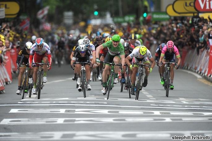 2015, Tour de France, tappa 05 Arras - Amiens, Lotto Soudal 2015, Tinkoff - Saxo 2015, Etixx - Quick Step 2015, Katusha 2015, Greipel Andre, Sagan Peter, Cavendish Mark, Kristoff Alexander, Amiens