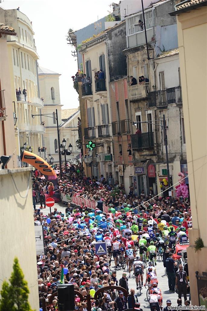 10-05-2016 Giro D'italia; Tappa 04 Catanzaro - Praia A Mare; Catanzaro;