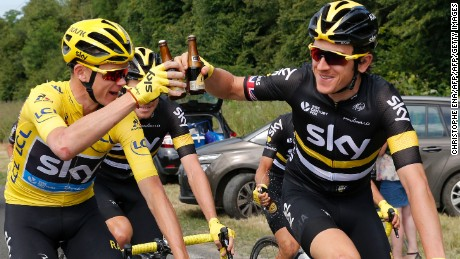 160724183046-chris-froome-beer-large-tease