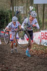 Mathieu van der Poel in front of Wout Van Aert