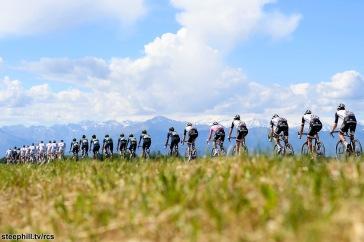 Foto LaPresse - Fabio Ferrari 20/05/2017 Oropa, Biella (Italia) Sport Ciclismo Giro d'Italia 2017 - 100a edizione - Tappa 14 - da Castellana a Oropa - 131 km ( 181 miglia ) Nella foto:durante la gara Photo LaPresse - Fabio Ferrari May 20, 2017 Oropa, Biella ( Italy ) Sport Cycling Giro d'Italia 2017 - 100th edition - Stage 14 - Castellania to Oropa - 131 km ( 81 miles ) In the pic:during the race