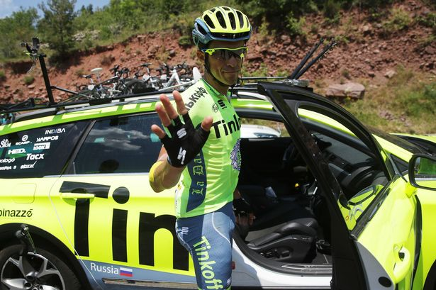 Alberto-Contador-abandons-the-race-during-stage-nine-of-the-Tour-de-France