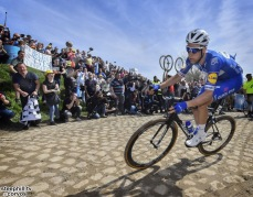 Roubaix - France - wielrennen - cycling - cyclisme - radsport - Niki TERPSTRA (Netherlands / Team Quick - Step Floors) pictured during the 116th UCI World Tour Paris - Roubaix cycling race with start in Compiegne and finish at the Velodrome Andre-Petrieux in Roubaix on April 08, 2018 in Roubaix, France, 8/04/18 - photo Dion Kerckhoffs/Cor Vos © 2018