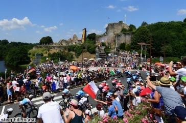 Tour de France 2018 - 08/07/2018 - Etape 2 - Mouilleron-Saint-Germain / La Roche-sur-Yon (182;5km) - 31 degres sur la route du Tour